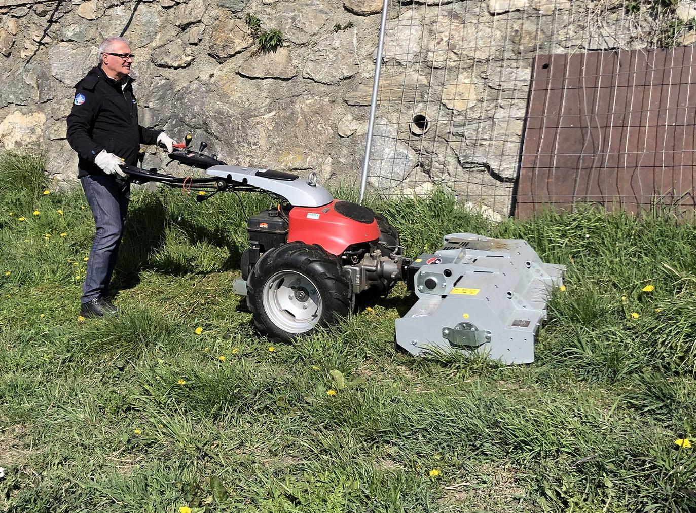 Garden: Heavy Duty Mower For Two Wheel TractorsTR-HD